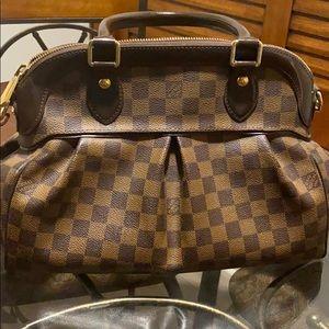 Louis Vuitton  Trevi authentic